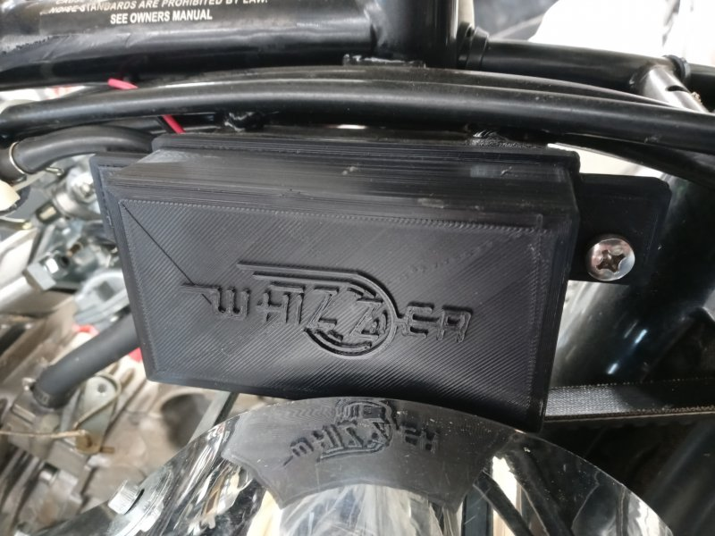 Whizzer battery cover 01.jpg