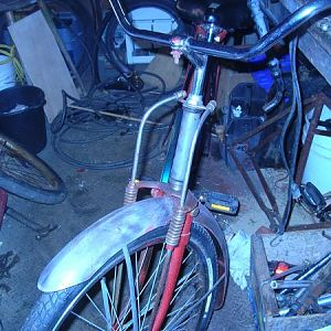 1920 Road master duel springer, Fender's and rack are to same poor donor