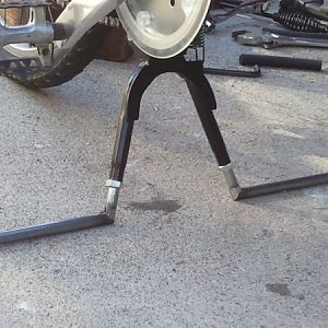 Aluminum legs removed. New steel legs cut, welded and test fitted.....